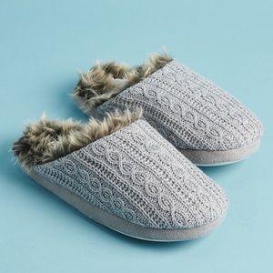 NWT PJ Salvage Faux Fur Trimmed Slippers FabFitFun